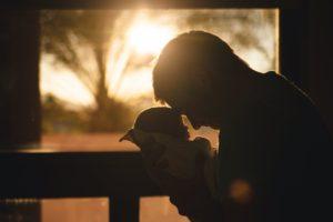 パパのための抱っこ紐ファッション最先端:がっしり抱っこ紐でかっこよくきめたいパパ