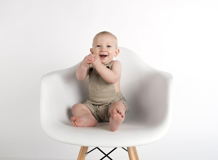 5分でわかる生後7ヶ月~12ヶ月ベビーの英語育児術:娘の英語絵本リードアラウド成長記録