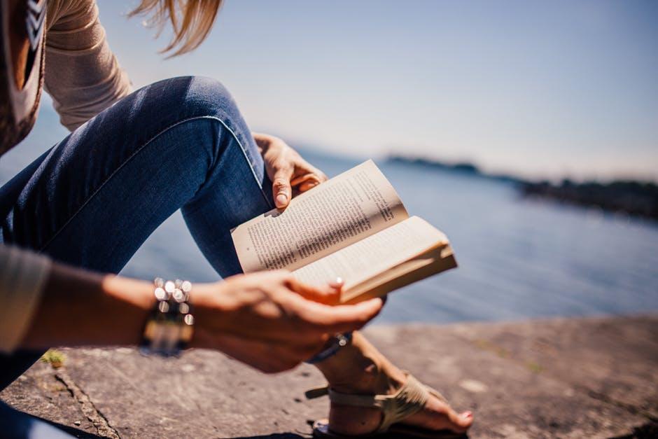 【新提案】あなたのこどもにマネさせたいママの新プチ習慣:魅せる知育~英語で短編小説を読んでみる~